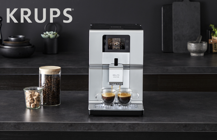 kávovar Krups Intuition Preference Plus EA875E10 chrome & milk pot
